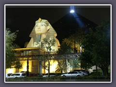 Hotal Luxor