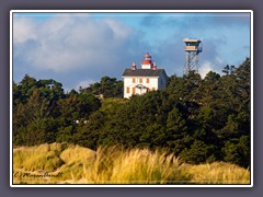 Yaquina Bay Lighthouse - Yaquina State Bay Recreation Site